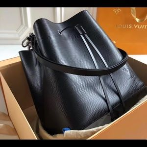 Louis Vuitton Neonoe BB